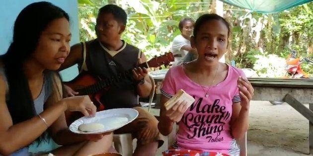 La versión de esta joven filipina ciega de 'I will always love you' de Whitney Houston te