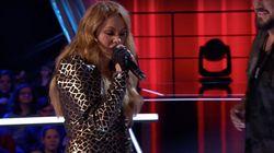 Paulina Rubio se hace un lío con la letra de su propia canción en 'La