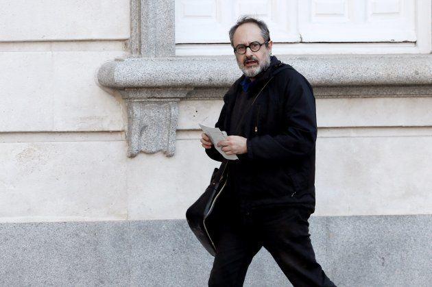 GRAF4851. MADRID, 27/02/2019.- El exdiputado de la CUP Antonio Baños a su llegada esta tarde al Tribunal...
