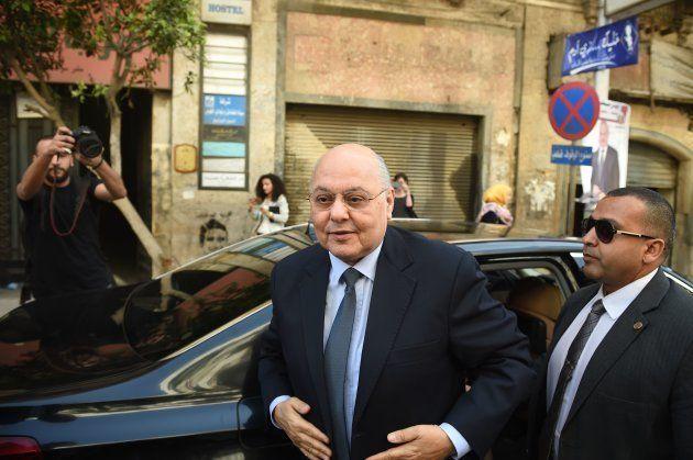 Musa Mustafá Musa, el candidato que disputa la presidencia a Al Sisi, llegando a una rueda de prensa...