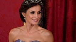 El guiño de Letizia a la reina Sofía en su cena de gala con el presidente de