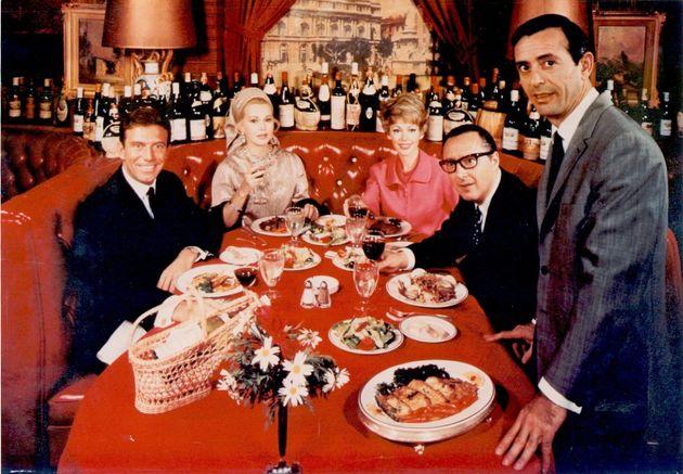 Jean Leon en su restaurante