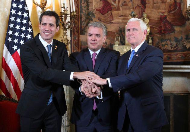 El autoproclarado presidente interino de Venezuela, Juan Guaidó, el mandatario colombiano Iván Duque...