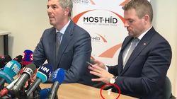 Al primer ministro eslovaco se le cae una ¿papelina de coca? en una rueda de