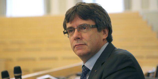 La policía alemana detiene a Puigdemont cuando entraba desde