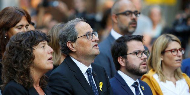 El presidente catalán, Quim Torra, junto a miembros de su Gabinete en los actos de la