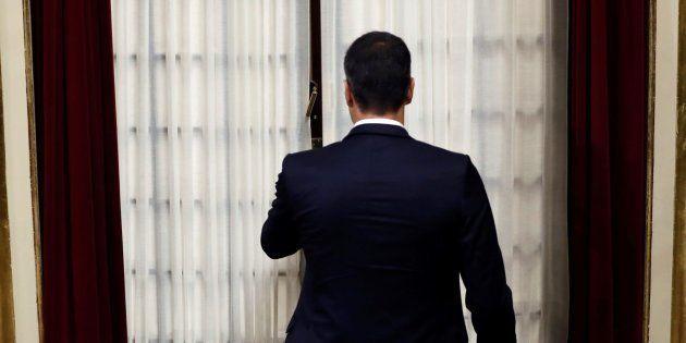 Pedro Sánchez a su entrada al hemiciclo este