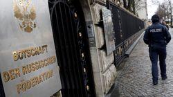Estados Unidos expulsa a 60 diplomáticos rusos por el ataque al exespía
