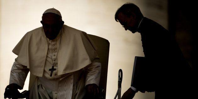 El papa Francisco, preparándose para su audiencia semanal en la Plaza de San Pedro, el pasado 29 de