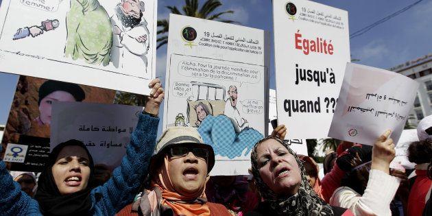Un grupo de mujeres marroquíes, reclamando igualdad durante una protesta del Día de la Mujer, en