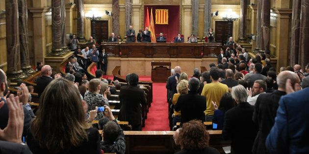 El Parlament reconoce el derecho de Puigdemont, Turull y Sànchez a ser