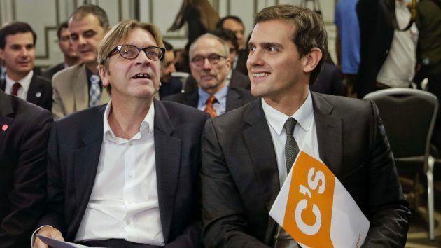 Imagen de archivo de Verhofstadt (izq) y Rivera