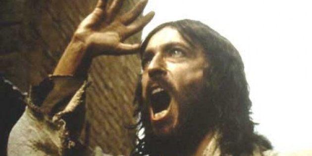 Imagen del actor Robert Powell interpretando a Jesucristo en la película 'Jesús de