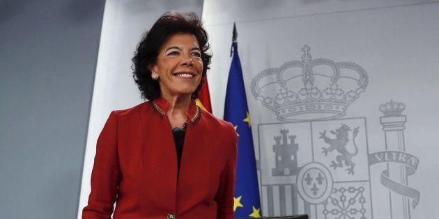 La portavoz del Gobierno y ministra de Educación, Isabel Celaá, este