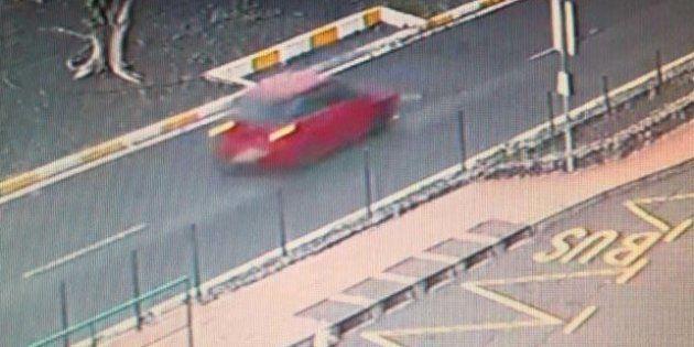 Foto difundida por las autoridades del vehículo que atropelló al niño fallecido en