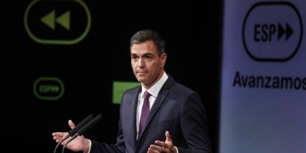 Sánchez propone reformar la Constitución para acabar con los