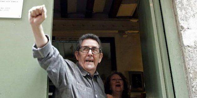 Paco Camarasa, durante el cierre de la librería Negra y Criminal en septiembre de