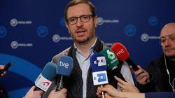 Maroto pide cinco votos al azar del PSOE para aprobar los