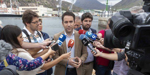 El PP cree que Sánchez propone eliminar los aforamientos para que