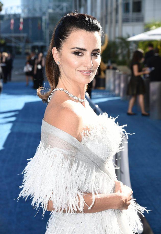 Penélope Cruz viste de Chanel en los