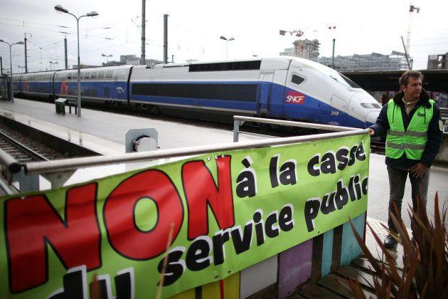 Arranca la huelga masiva de ferrocarriles en Francia contra la reforma de