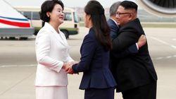 Kim Jong-Un recibe a pie de pista al presidente surcoreano para la cumbre de