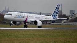 Un fallo técnico causa retrasos en la mitad de los vuelos de