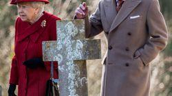 El marido de Isabel II ingresa en el