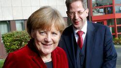 El Gobierno alemán releva al polémico jefe del espionaje
