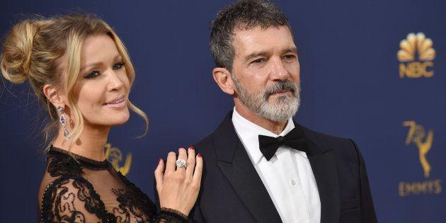 Antonio Banderas y Nicole Kimpel en la 70ª edición de los Premios Emmy en Los