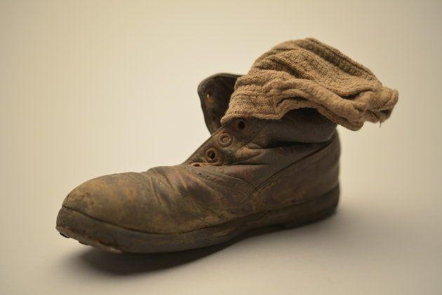 Zapato y calcetín de niño, colección del Museo Estatal de