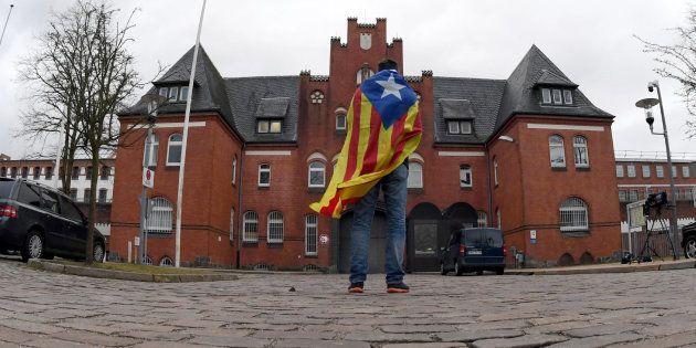 Puigdemont pide al Estado español que escuche a la ONU y permita investir a