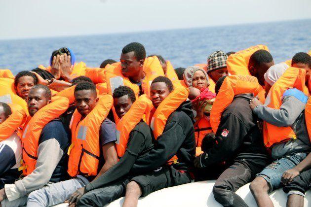 MSF y SOS Mediterranée, rescatando a migrantes en el buque 'Aquarius', el pasado 31 de