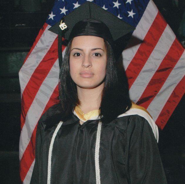 Catalina Cruz tras licenciarse en Derecho en una imagen facilitada a El