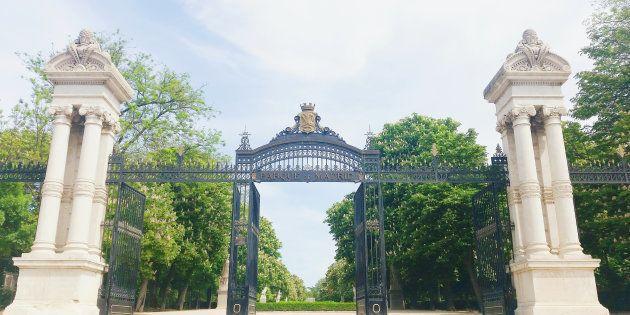 Una de las puertas de entrada al parque de El