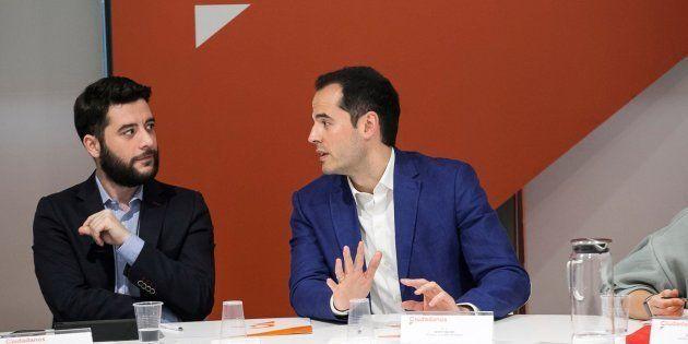 El PP desactiva el ultimátum de Ciudadanos al aceptar la comisión sobre