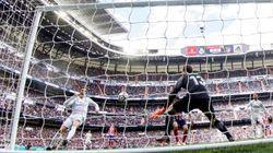 Oblak frena al Madrid en un derbi que favorece al