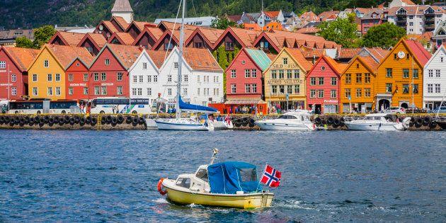 Noruega propone a sus ciudadanos pagar impuestos voluntariamente y recauda poco más de 1.000