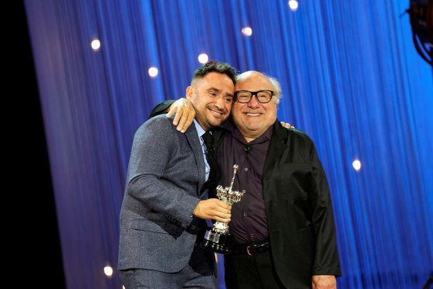 Danny DeVito dedica el Premio Donostia a sus fans que