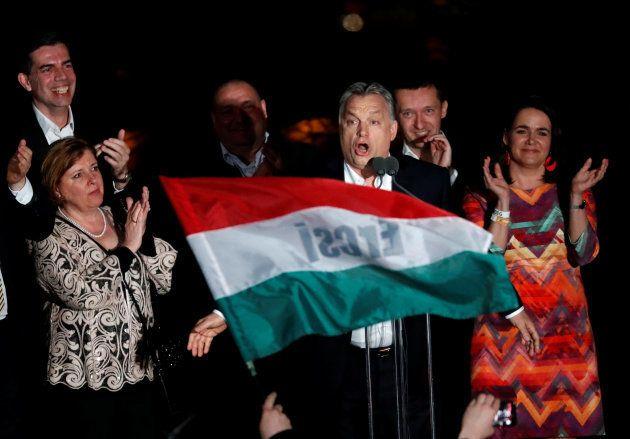 El ultraconservador Viktor Orbán gana las elecciones en Hungría por tercera vez