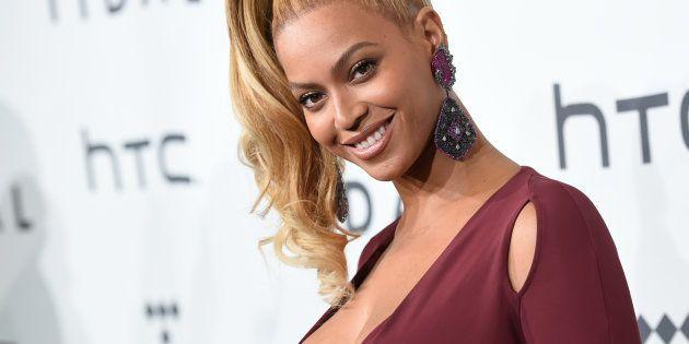 Beyoncé presenta en Instagram a sus mellizos al cumplir su primer