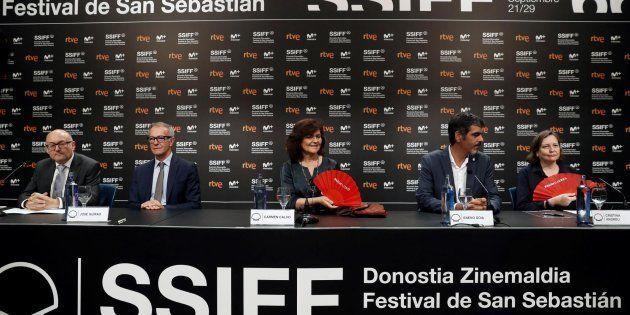 Carmen Calvo, José Guirao, Eneko Goia, Cristina Andreu y José Luis Rebordinos en el acto de firma de...
