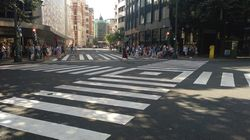 Un periodista vasco triunfa al corregir un titular sobre los pasos de peatones en diagonal de