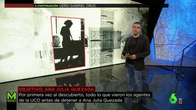 Manu Marlasca, mostrando una de las fotos de Ana Julia portando el cuerpo hasta el