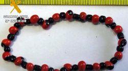 La Guardia Civil alerta contra estas pulseras: pueden ser