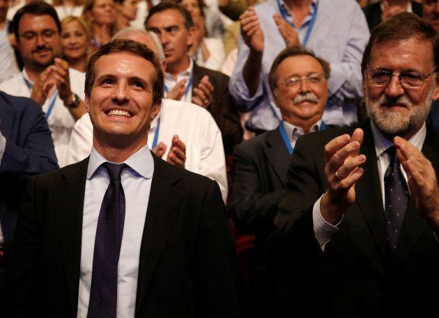 Pablo Casado junto a Mariano