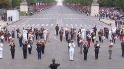 La banda militar francesa toca Daft Punk ante Trump y