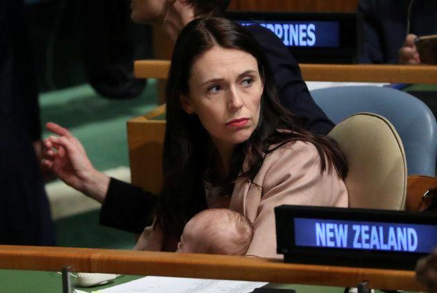 La primera ministra de Nueva Zelanda acude a la ONU con su bebé de tres
