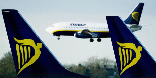 Ryanair llevará a los tribunales a cualquier usuario de redes que ponga en riesgo su
