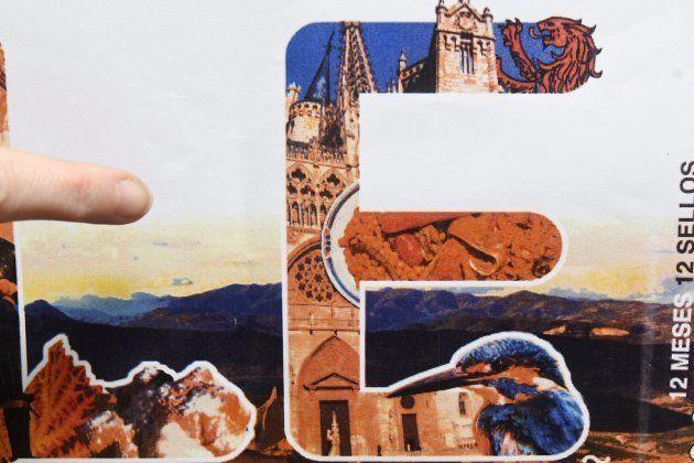 Correos se disculpa tras incluir la catedral de Burgos en un sello dedicado a la de